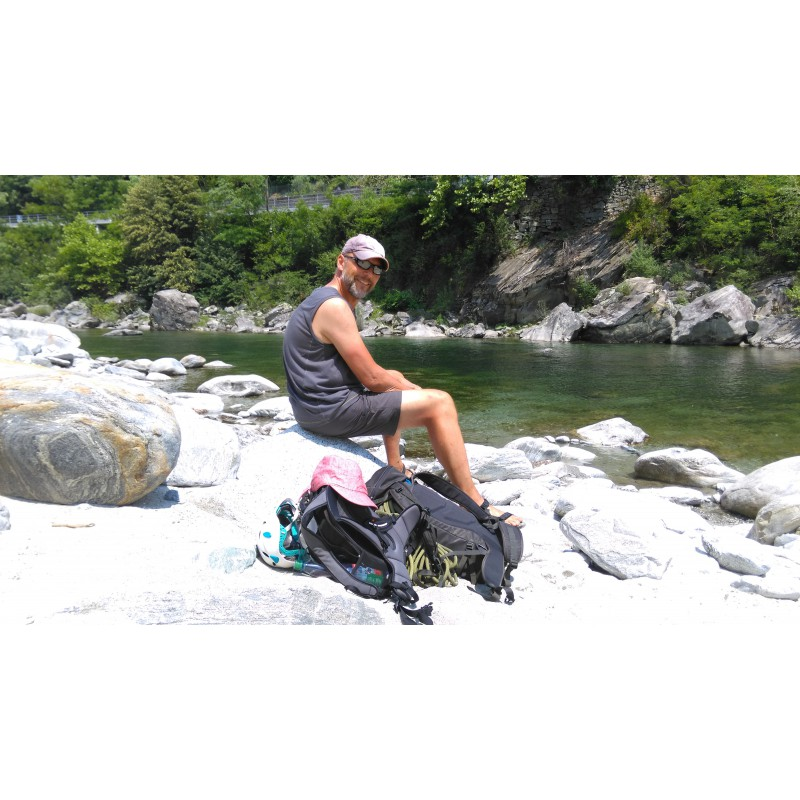 Billede 1 af Volker vedr. Lowe Alpine - Peak Ascent 32 - Klatrerygsæk