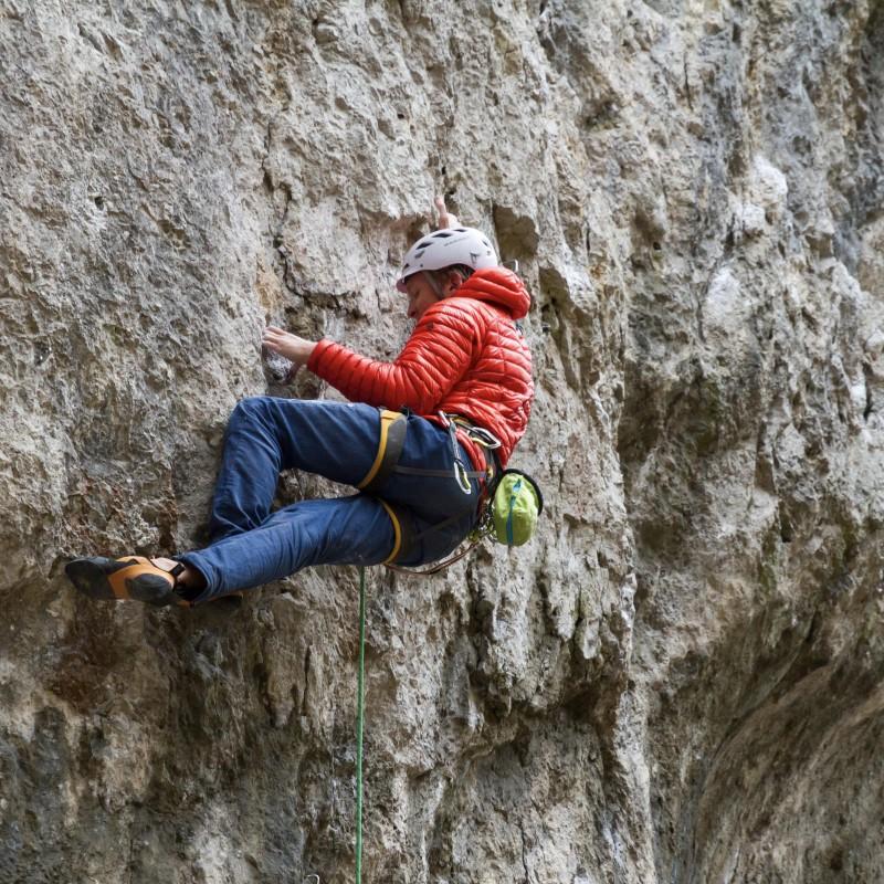 Billede 1 af Tobias vedr. Mountain Hardwear - Ghost Whisperer Hooded Down Jacket - Dunjakke