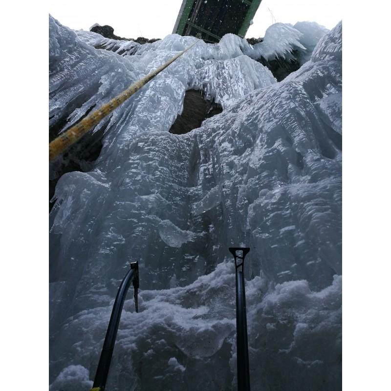 Billede 1 af Julian vedr. Salewa - North-X Ice Axe - Isudstyr